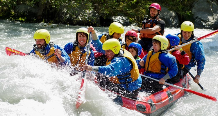 Enjoy A Wild River Rafting In India