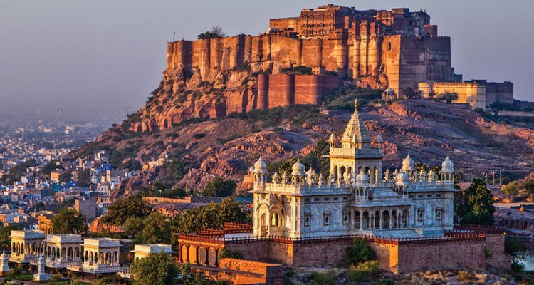 Rajasthan Tour Taste Cultural Bounties, Royal Affairs And History to The Uttermost