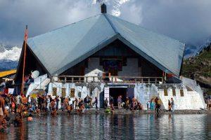 Hemkund Sahib-trek to World's Highest Sikh Shrine